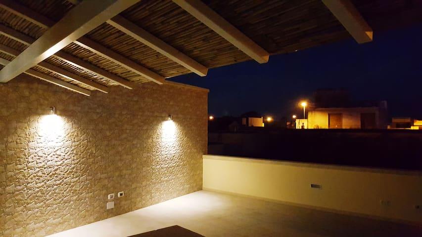 ☆ CASA NIZZA ☆ splendido appartamento con garage - Veglie - Hus