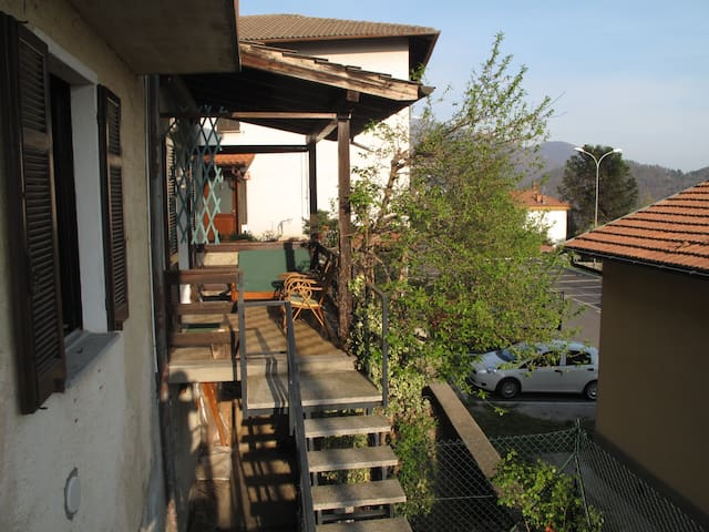 Quite threeroom w/t balcony & view - Campagnano - Apartment