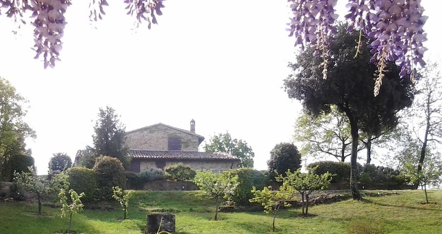 Cerqua country house in Umbria with private pool - Saragano - gualdo cattaneo- Perugia - วิลล่า