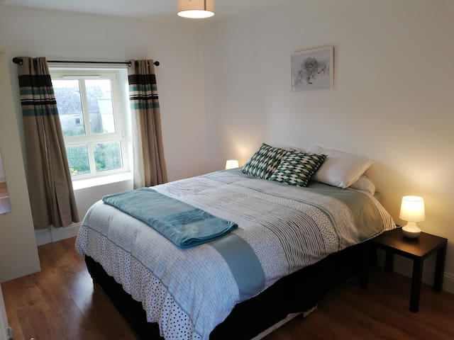 Modern 2 bed apartment along Wild Atlantic Way