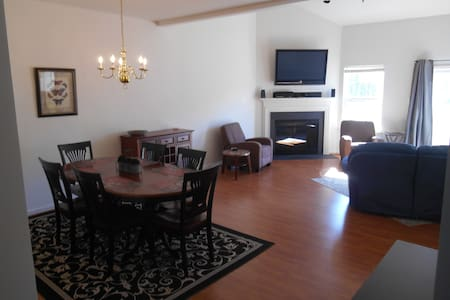 Newly Furnished, Large Beach House! - Lewes