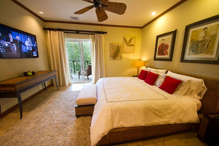 Golf View 3 Bedroom 3 bathroom in Los Sueños