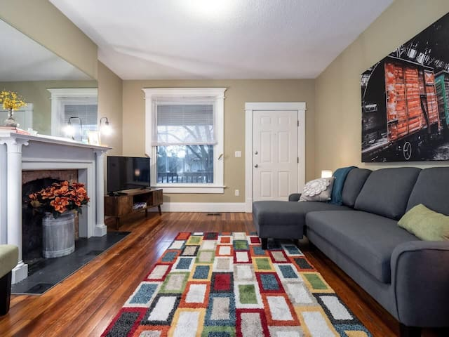 Spacious Home Minutes from Downtown & Short North