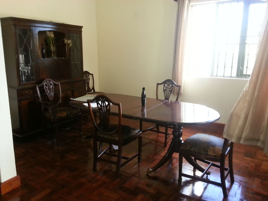 The Dining area and quaint dining set