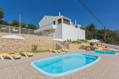 House with pool and terrace (West)