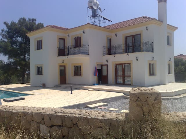 New Villa Kyrenia Northern Cyprus