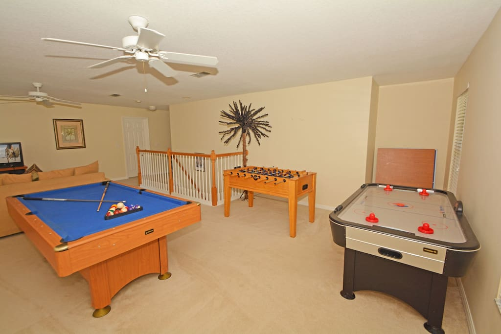 Furniture, Table, Bench, Crib, Indoors
