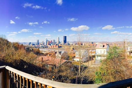 Stunning View in Southside Slopes - Pittsburgh - Casa