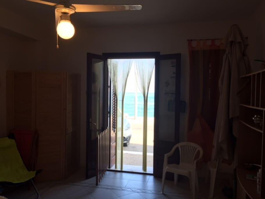 soggiorno vista mare