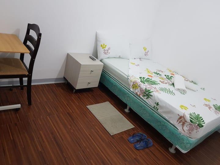 Cozy & Affordable Condo Rooms  Malate Area, Manila