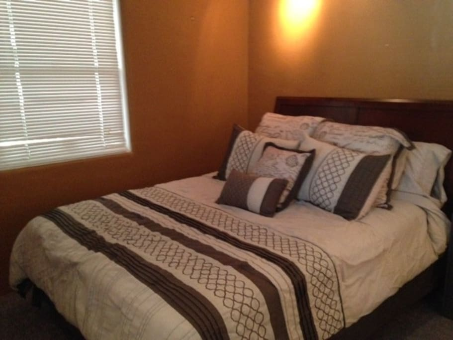 Bedroom 2 with a queen bed