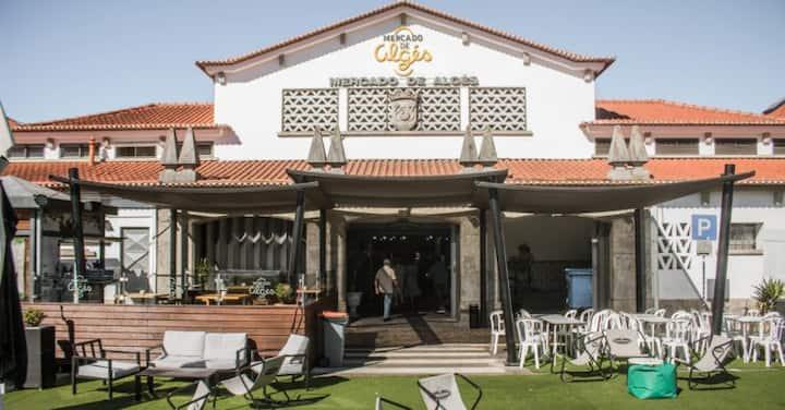 COSY ROOM IN ALGÉS, near Lisbon and beaches