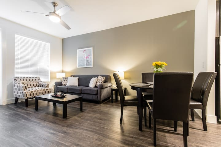 Luxury 1BR at Legacy West