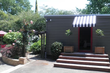 Firth Street Mews Bed and Breakfast - Matamata