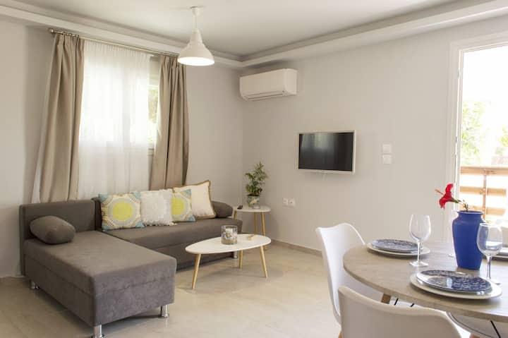 SteMa Seaside Aparments -Stefanos-