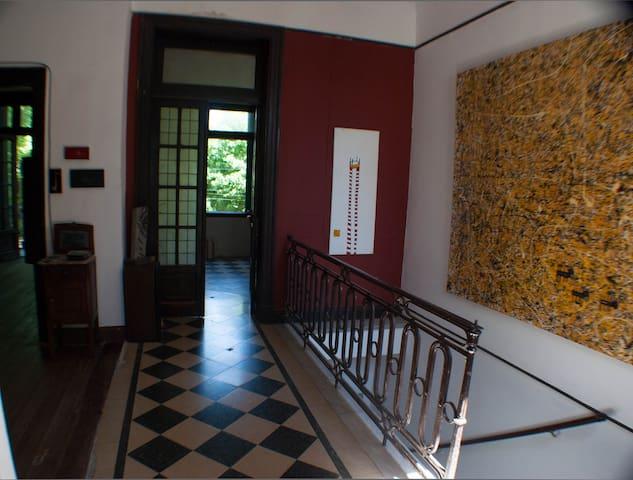 Habitación grande en hermosa casa - Buenos Aires - House