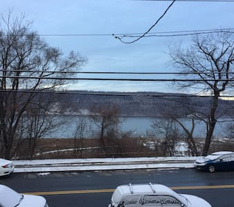 River views located 35 minutes  NYC - Hastings-on-Hudson - Huoneisto