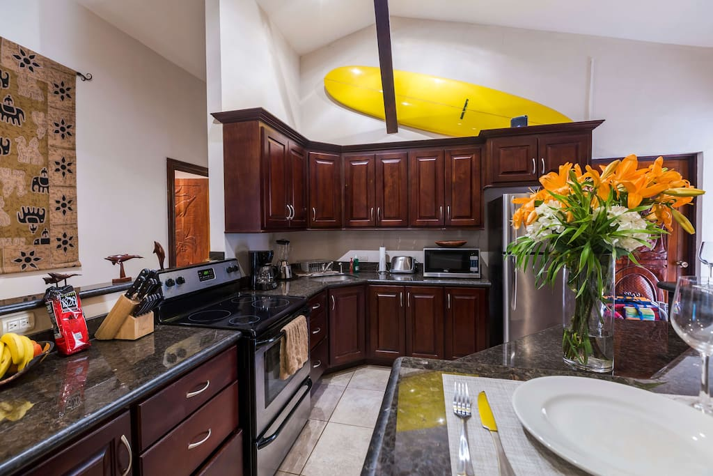 Large Spacious Fully Equipped Kitchen!