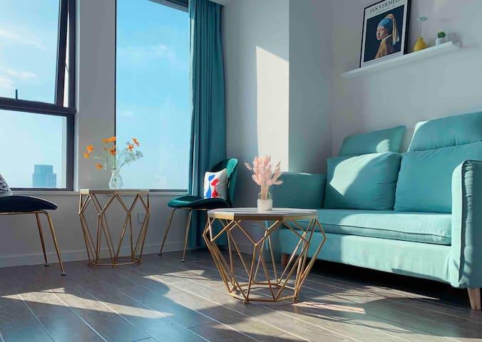 高层景观/市中心信业ICC公寓/爱山广场/北欧ins风大床房