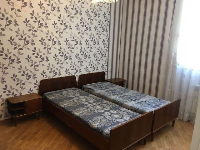Комната на сутки, Арабкир