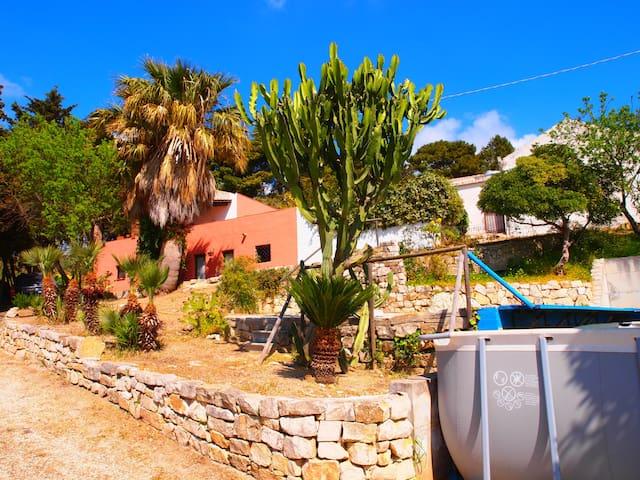 Antico Baglio con piscina privata - free WI-FI - Erice - Hus