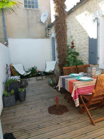 """Charmante Maison Oléronnaise """"ALOCEANE"""""""