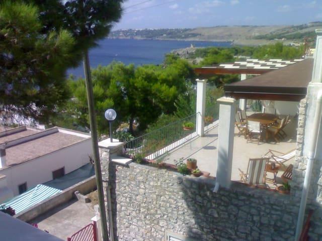 Vistamare monolocale 4 posti con terrazzo gazebo - Santa Cesarea Terme - Villa