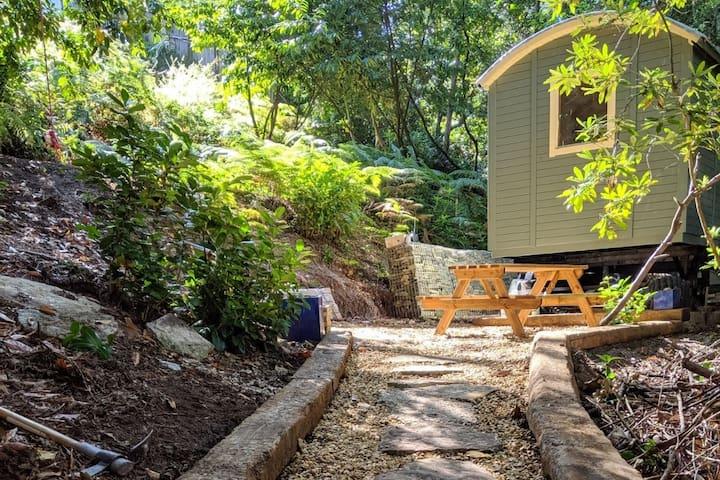 Sylvan Studio Cabin/Shepherds Hut