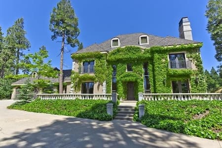 Tuscan Manor (think Sound of Music) - Lake Arrowhead