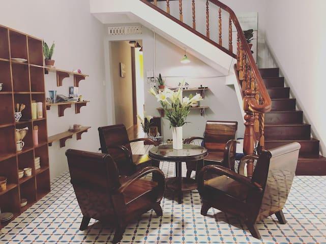 Lete maison homestay-mozart room1, Pleiku Gia Lai