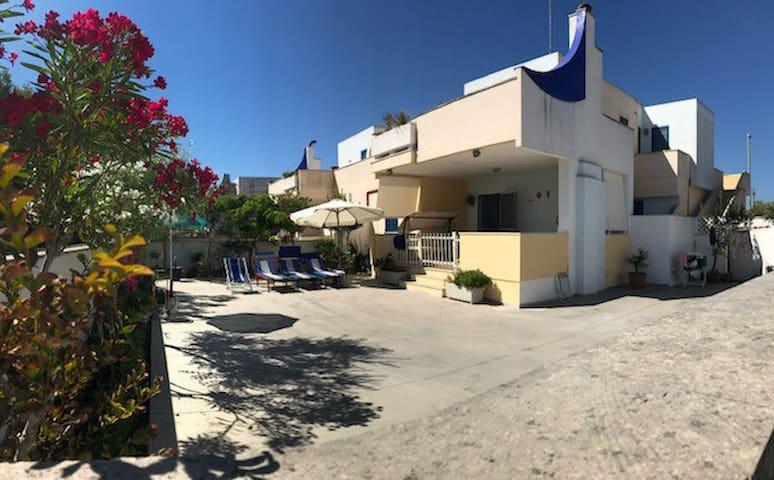 Casa Blu - Villetta a 60 mt dal mare