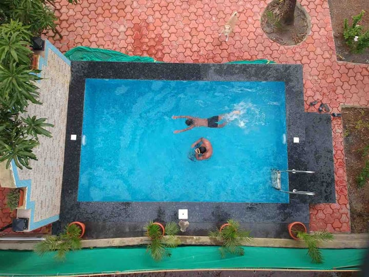 Lake View Room in Bambolim with pool !!