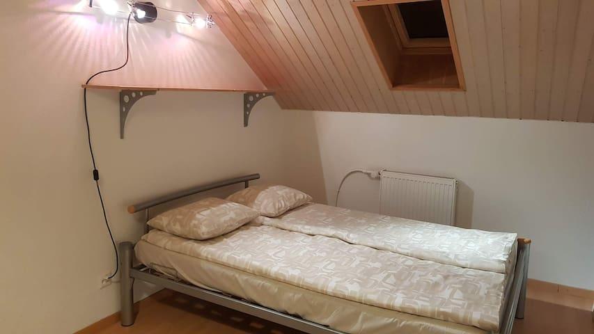 Zimmer 20 m2, Derendingen