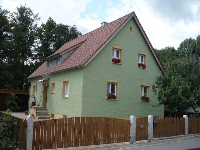 Biehlers Ferienhaus, Hirschau