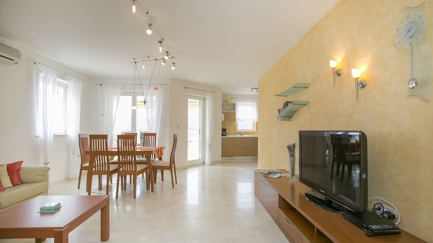 5 Star Apartment with sea view, Rabac, Croatia