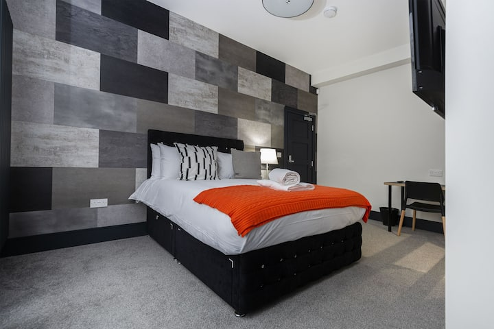 Luxury Suites and Studios by BOOTique Wakefield 1