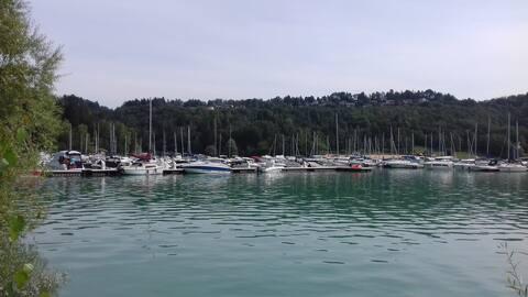 Lac de Vouglans : Maison avec superbe vue.