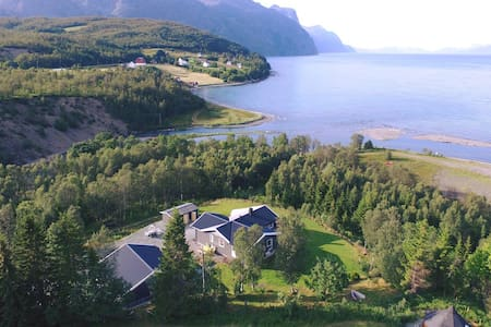 House in the heart of Lyngen alps. Best view