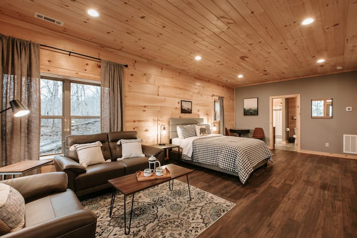 Upstairs Loft Bedroom with Queen Bed and Seating Area
