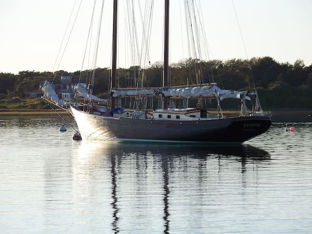 Tyrone, a vintage schooner  - Chatham - Boot