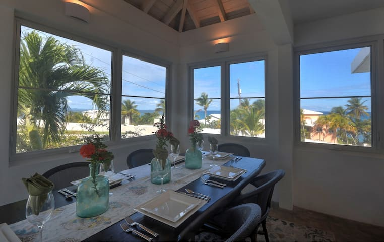 Dine AND enjoy the Caribbean View