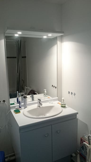 Duplex neuf banlieue paris massy appartements louer - Showroom salle de bain ile de france ...