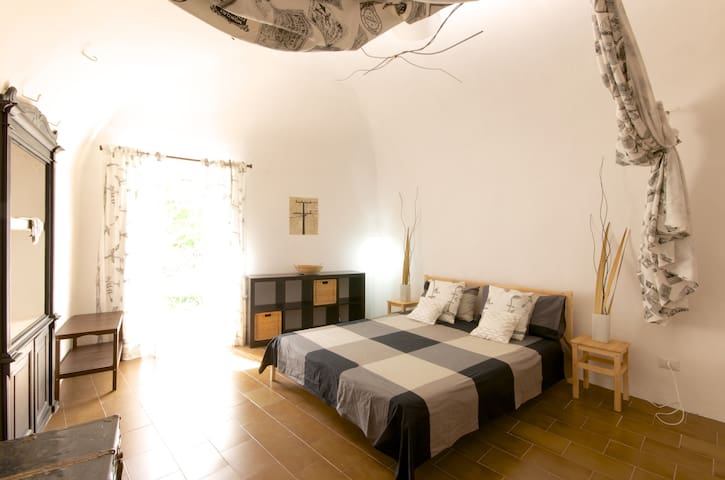 Stay in our cosy Italian house! - Capestrano - Hus