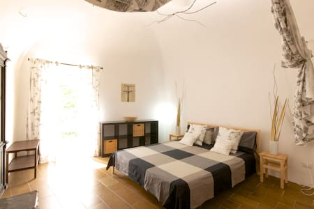 Stay in our cosy Italian house! - Capestrano - Rumah