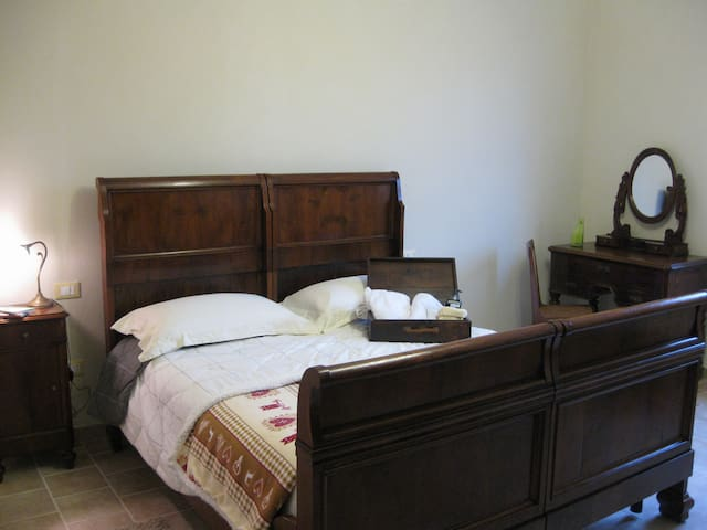 Double Room South Garda - Isola Dovarese - Casa