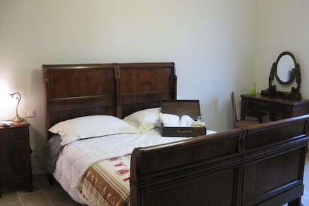 Double Room South Garda - Isola Dovarese - 独立屋