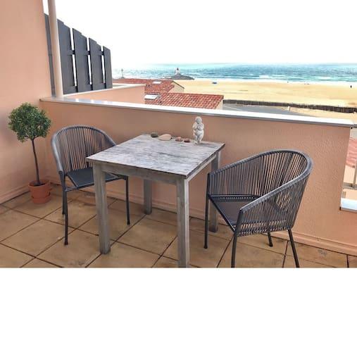 Bijou Beach Apartment