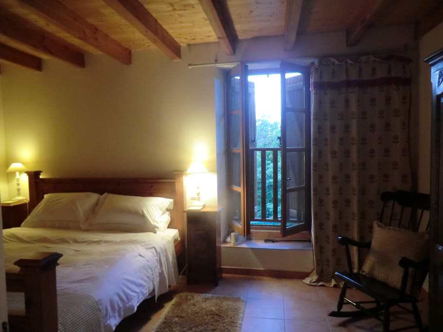 Peaceful b b converted wine barn chambres d 39 h tes for Chambre wine