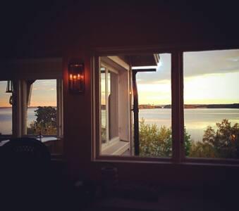 Charmigt hus med fantastisk utsikt. - Kolmården