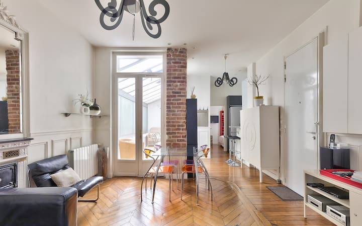 Tres bel appartement 2 chambres Rue Cler